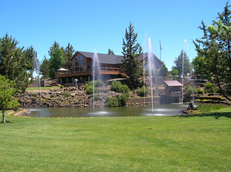 Cascade Clubhouse
